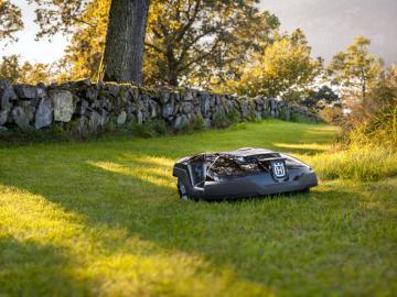 robot husqvarna automower am 310 tondeuse robot mass. Black Bedroom Furniture Sets. Home Design Ideas